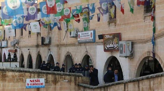 Şanlıurfa HDP il binasına operasyon; 40 gözaltın