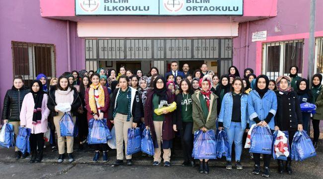 GENÇLERDEN 'BİR ATKI DA SEN ÖR ANNE PROJESİ'