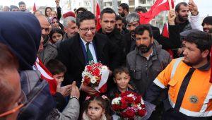 """AK aday Albayrak, seçim çalışmalarını sürdürüyor; """"Gönüllere dokunacağız"""""""