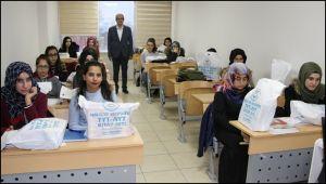 Başkan Demirkol'dan Öğrencilere Eğitim Desteği