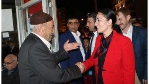 Essum Aslan, muhtar adaylarını ziyaret etti