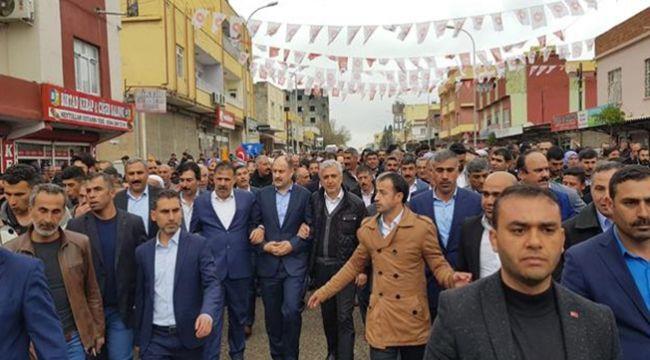 Milletvekili Gülpınar'a Ceylanpınar'da yoğun ilgi!