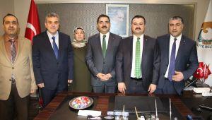 Mehmet Canpolat Başkanlık koltuğuna oturdu