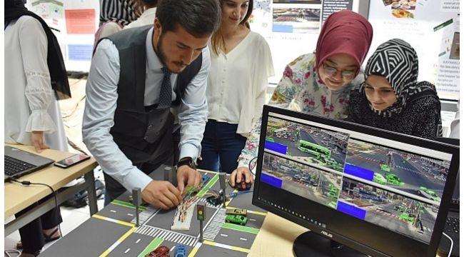 Geleceğin mühendisleri projelerini yarıştırdı