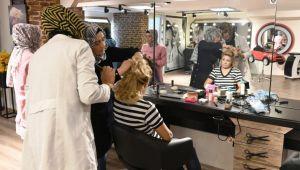 Büyükşehir'den Kadınları Meslek Sahibi Yapacak Kurs