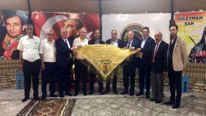 CHP'li vekiller, Türkmenler Otağı'nı ziyaret etti