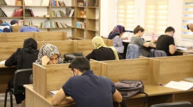 Sınavlara Karaköprü okuma evlerinde hazırlanıyorlar