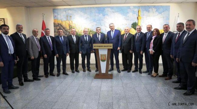 Başkan Beyazgül, İstanbullu iş adamlarıyla görüştü