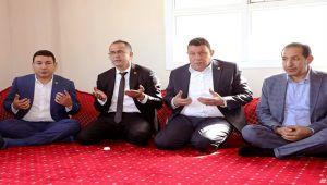 Özyavuz'dan şehit ailesine taziye ziyareti