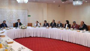 Urfa vekilleri, Bakan Selçuk ile toplantı gerçekleştirdi