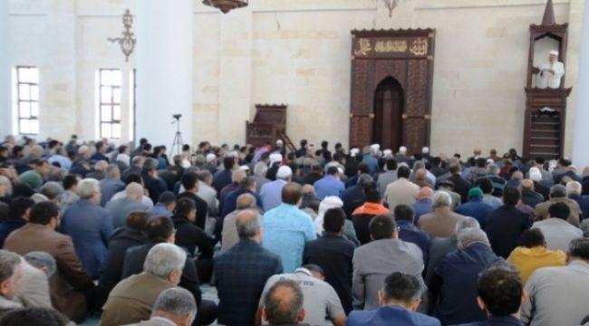 11 Nisan Kurtuluş Camisi İbadete Açıldı