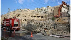 Kızılkoyun'da yıkım çalışmaları devam ediyor