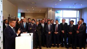 Davutoğlu'nun kurduğu Gelecek Partisi'nin yönetim kadrosu belli oldu