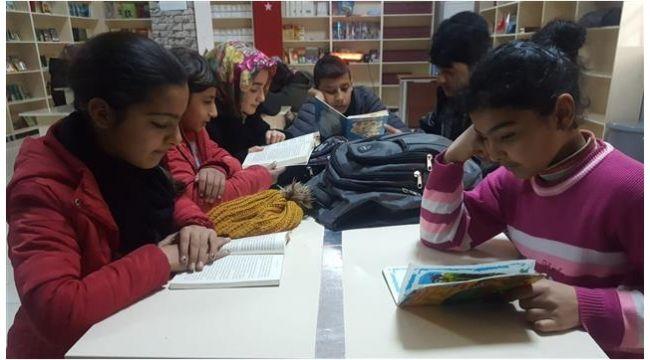 Eyyübiye'deki gençlik merkezlerine yoğun ilgi