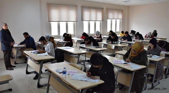 Harran Üniversitesi'nde Yabancı Uyruklu Öğrenci Sınavı