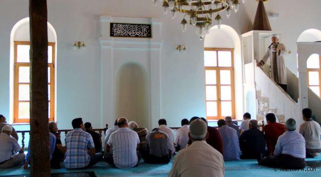 Şanlıurfa'da iki camide Cuma namazı kılındı iddası!