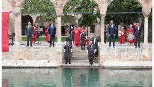 Başkanlar Balıklıgöl'de İstiklal Marşı Okudu