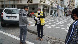 Haliliye Belediyesinden esnaf ve vatandaşlara ücretsiz maske