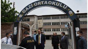 Urfa'daki okullarda PTT'nin vezne hizmeti veriliyor