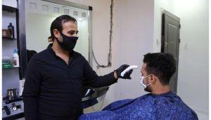 Eyyübiye'deki berberler dezenfekte ediliyor