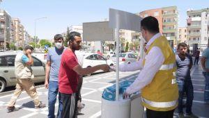 Haliliye'de Vatandaşlara Ücretsiz Maske Dağıtımı Sürüyor