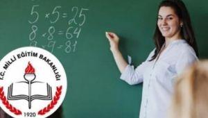 Ücretli Öğretmenler Kadro İstiyor!