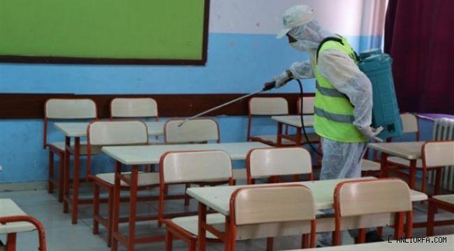 Viranşehir'de sınav öncesi okullar dezenfekte edildi