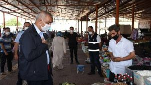Başkan Bayık semt pazarı esnafını ziyaret etti