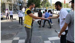 Haliliye Belediyesi Ücretsiz maske dağıtımı sürüyor