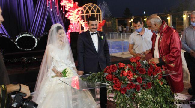 Şanlıurfa'da sıra dışı düğün