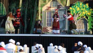 Altın Kız Tiyatro Oyunu Urfa'da Sahnelendi