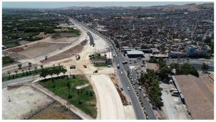 Eyyübiye'de yol genişletme ve kavşak çalışmaları sürüyor