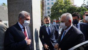 Eski Başbakan Yıldırım Başkan Beyazgül'ü ziyaret etti