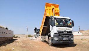 Viranşehir Belediyesinden kırsalında stabilize yol çalışması