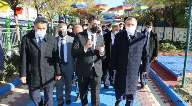 Başkan Beyazgül rehberlik sokağını gezdi