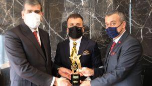 Kadooğlu Holding'e İhracatın Yıldızları Ödülü..