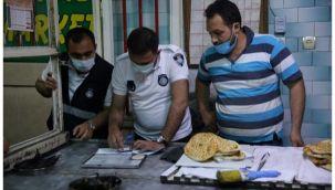 Haliliye'de Zabıta iftar ve sahurda fırınları denetledi