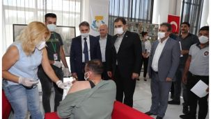 Haliliye Belediyesi'nde Aşı Standı Kuruldu